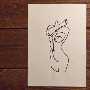 Køb mere end 2 & jeg giver fragten! Smukke håndtegnede illustrationer på snehvid karton 👣 10x15 - 29 kr. pr. stk. 21x30 - 49 kr. pr. stk. 30x42 - 99 kr. pr. stk. 42x60 - 199 kr. pr. stk.  Se flere motiver på min profil.