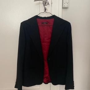 In Wear blazer
