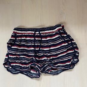 Tippy shorts