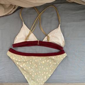 Super fin bikini fra H&M - kun prøvet på. Str. 38, svinger mellem 36-38 og kan godt passe begge dele.