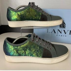 Sælger mine Lanvin i sjælden metallic green farve, Lanvin er store i størrelserne så de passer også en 42