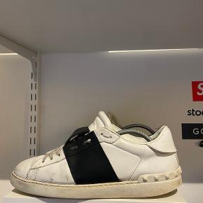 Giorgie Valentian sneakers