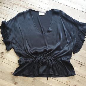 MILK COPENHAGEN bluse