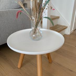 Normann Copenhagen andet bord
