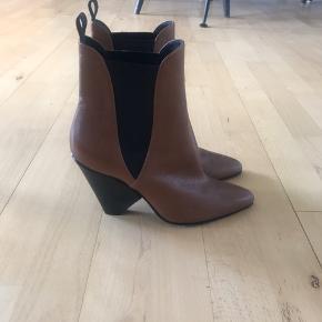 Super fine støvler fra Notabene, aldrig brugt!