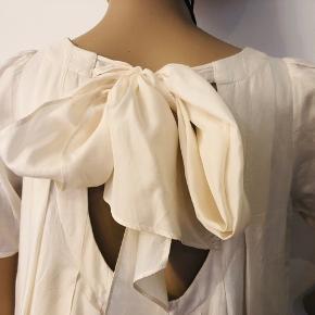 Flotteste kjole fra All Saints