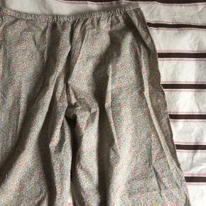 Handmade   Liberty bukser