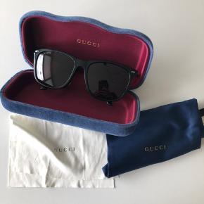 Super cool Gucci solbriller - unisex - aldrig brugt.   GG0518SA