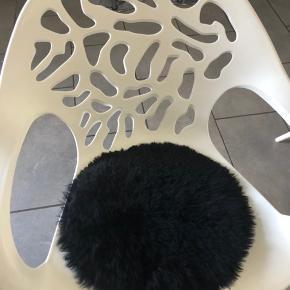7stk pels underlag til stoler. Ny pris var 500kr Per stk . 900kr inkl for alle 7
