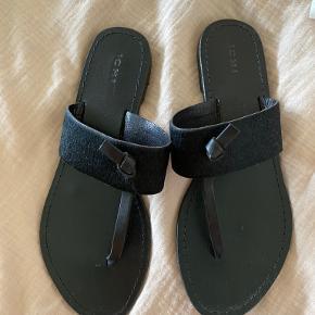 ICHI sandals