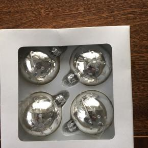 Julekugler glaskugler julepynt 4 styk nye i æske