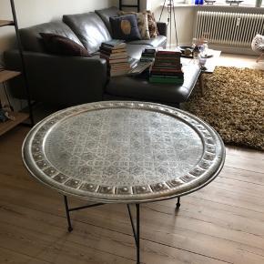 Sælger dette Marokkanske bord. Virkelig fint. Kom med et bud 🌸