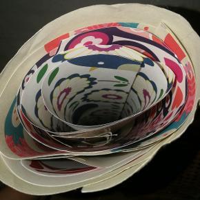 """Forskellige """"minitapeter"""" (kraftigt papir) til diverse kreaprojekter. Nogle er brugt mere end andre."""