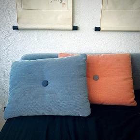 HAY puder i to forskellige farver  x laksefarvet  x lyseblå