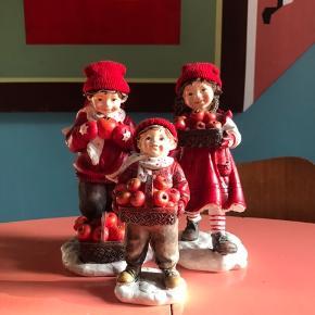 Julefamilie - har en del julepynt til salg. Giver en god mængderabat