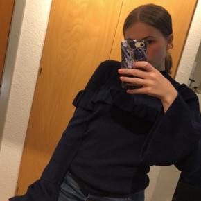 Rigtig fin trøje fra Envii med lange og fine ærmer🦋  Den er brugt meget få gange:))