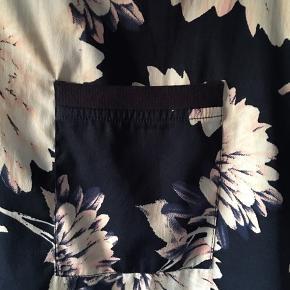 Sød bluse BYD