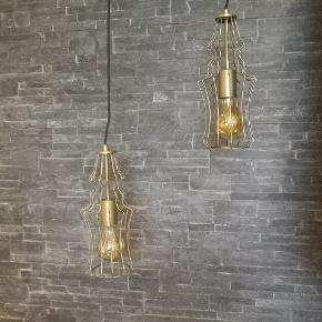 ❗NEDSAT❗  Messing lamper i et meget unikt design😊👌  Pris er for 2 stk  Frandsen SAFIR Normalpris pr. stk. 1300 kr