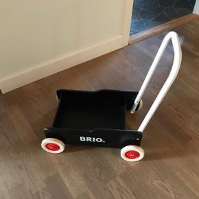 BRIO gåvogn med slidmærker foran
