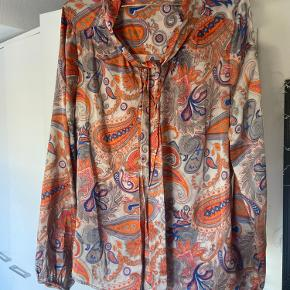 Dea Kudibal skjorte
