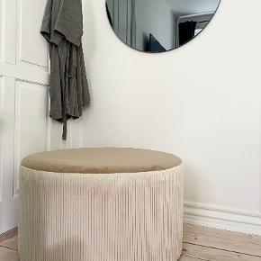 Ellos andet møbel
