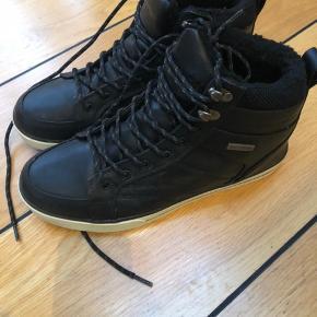 Fejlkøb sidste år - smart vandtæt vinterstøvle med for.