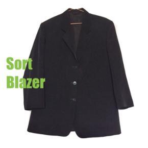 Lækker kvalitets blazer ••• Bytter gerne ••• Kan hentes på Christianshavn
