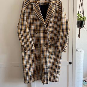 Envii frakke