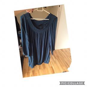 Zizzi bluse str M Bm: 65x2, har 3/4 ærmer og elastik i bunden, aldrig brugt kun prøvet. Pris 65 kr pp med dao
