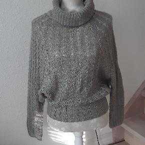 Sparkz sweater