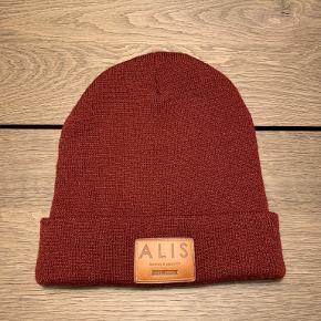 Alis hat & hue
