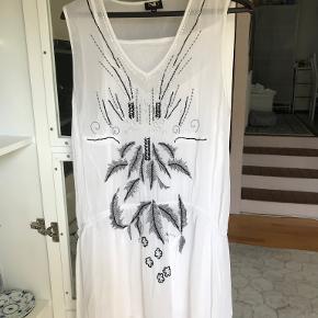 Nü Denmark kjole
