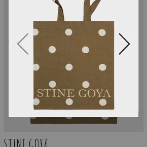 Stine Goya Skuldertaske