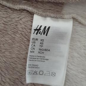 Super blød morgenkåbe fra H&M :-)