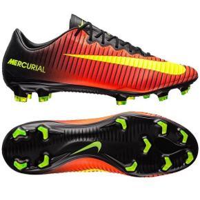 Fodboldstøvler i god stand. Topmodel.