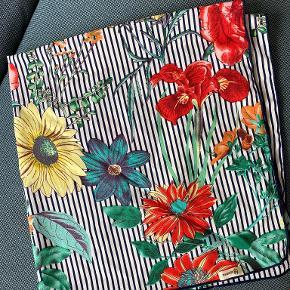 Rosenvinge tørklæde