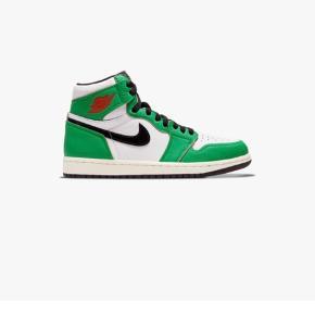 """Air Jordan 1 """"Lucky Green"""" i str 42,5 Dswt med alt tilhørende fra SNS Hentes i Odense eller sendes"""