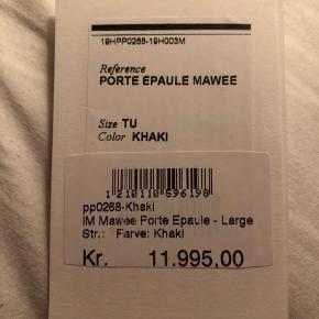 Isabel Marant, model Mawee Porte Epaule- large i farven khaki.  Lækker rummelig weekendtaske i ruskind. Aldrig brugt, stadig med tags. Nypris 11.995,-