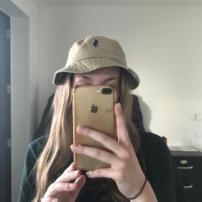 Lauren Ralph Lauren hat & hue