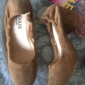 Flot og lækre sko til efteråret Normal i str
