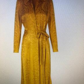 Alrig brugt fejlkøb. Stine Goya Faith kjole