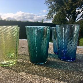 6 stk glas fra Glaspusteren i Lønstrup  Nypris 249,- kr stk Ca 27 cl Aldrig brugt
