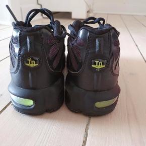 Sælger disse Nike TN sneakers. Super fede og fejler ingenting.