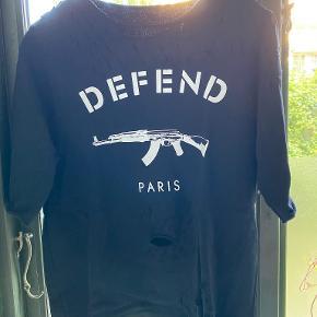 Defend Paris bluse