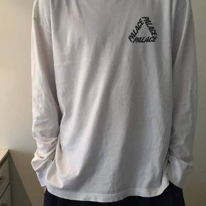 Palace t-shirt