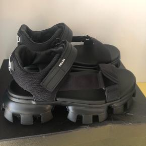 Prada andre sko