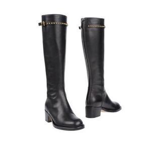 Boots Farve: Sort Oprindelig købspris: 5800 kr.