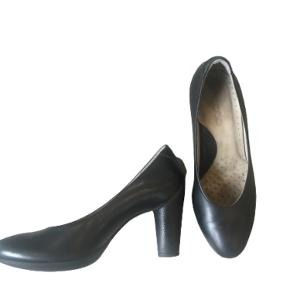 Ecco heels