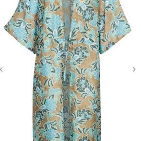 Cream kimono