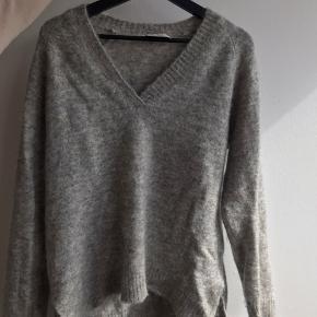 Lækket lækker Neo noir sweater